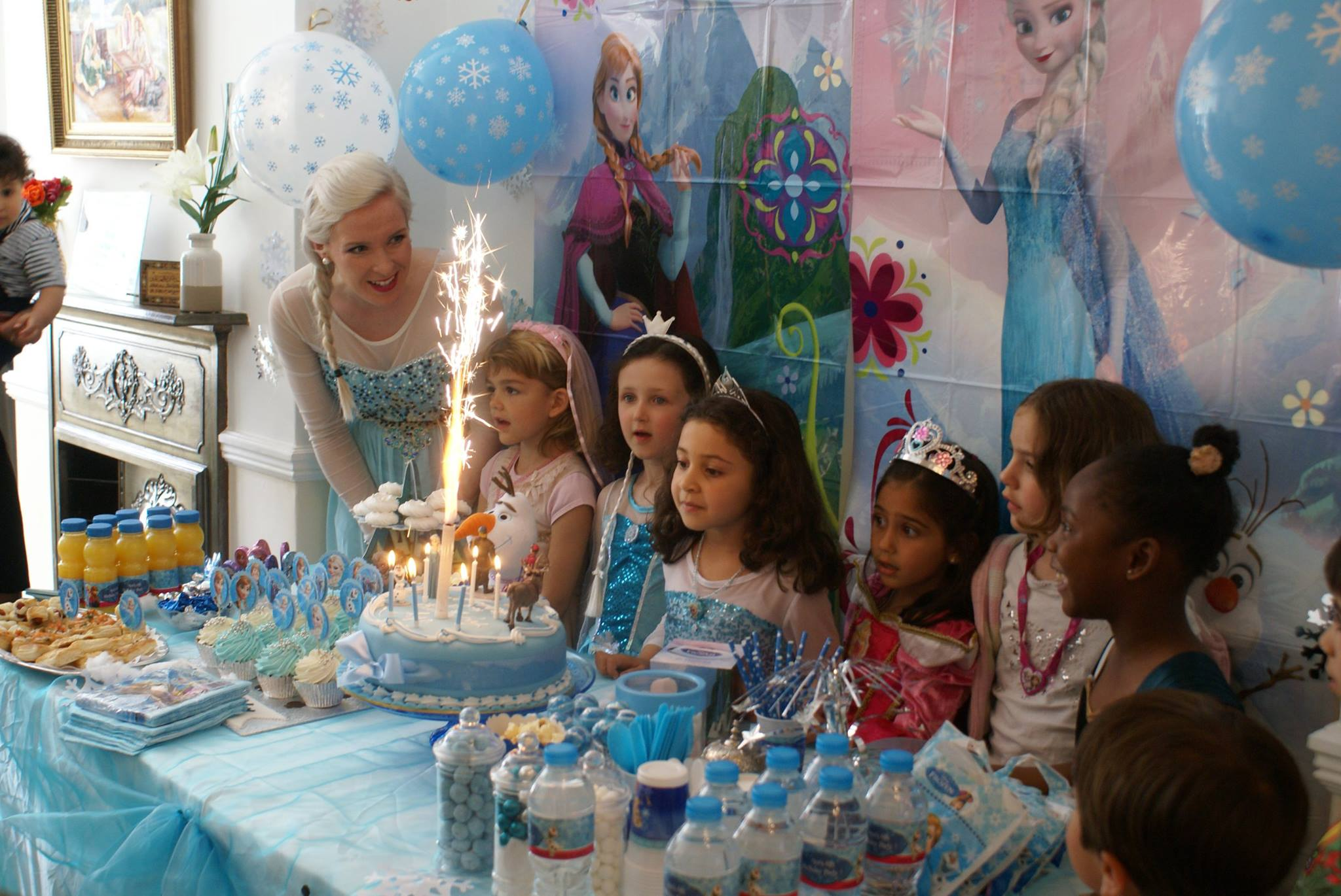 Frozen Party ESSEX LONDON AMAZING MAGICAL Princess Parties - Childrens birthday entertainment essex